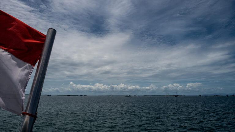 Ferry público de Sorong a Wasai en Raja Ampat, Papúa