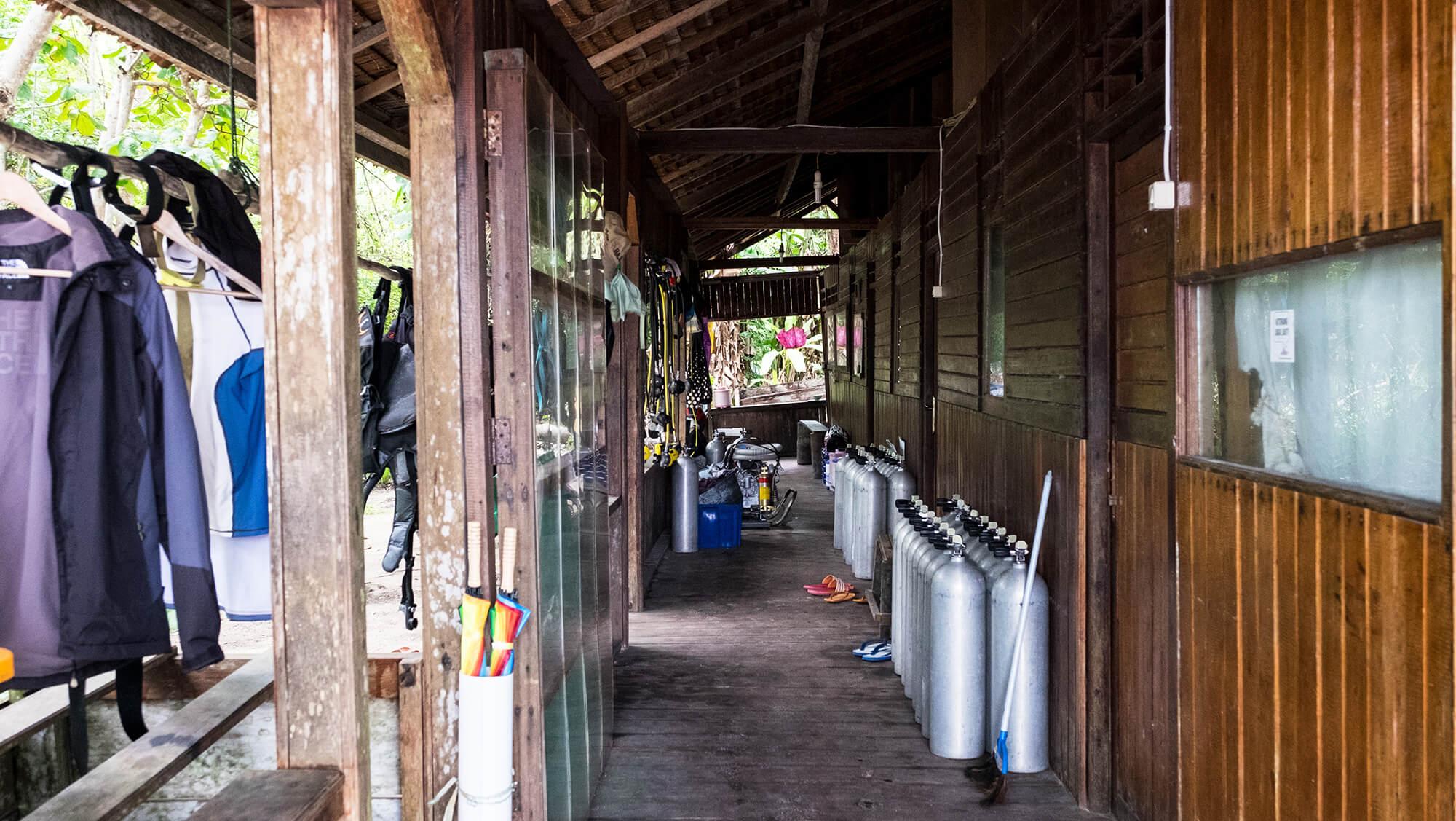 Centro de buceo en Hamueco Resort en Raja Ampat, Papúa - Indonesia