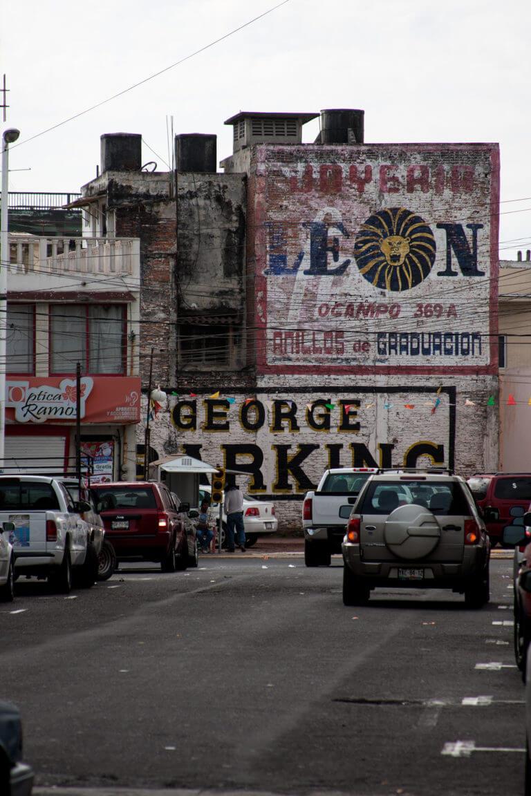 Tráfico caótico en la ciudad mexicana de Veracruz