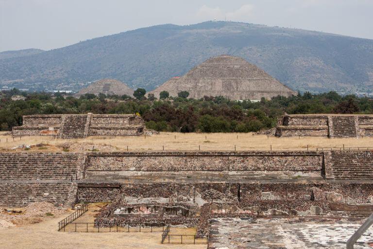 Panorámica de las ruinas mayas de Juan Teotihuacan de Arista en México
