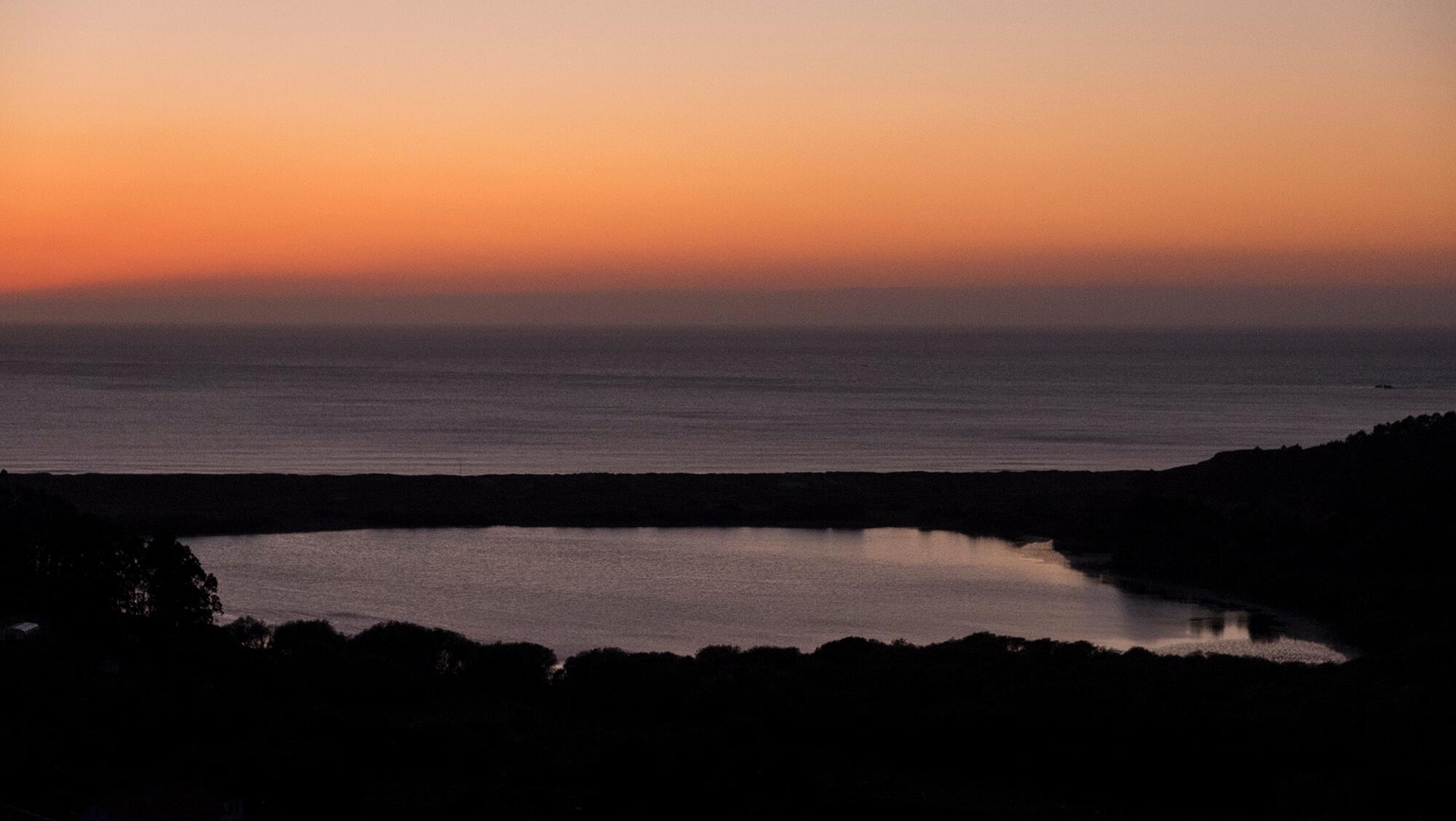 Atardecer en la laguna de Doniños en Ferrol - Galicia