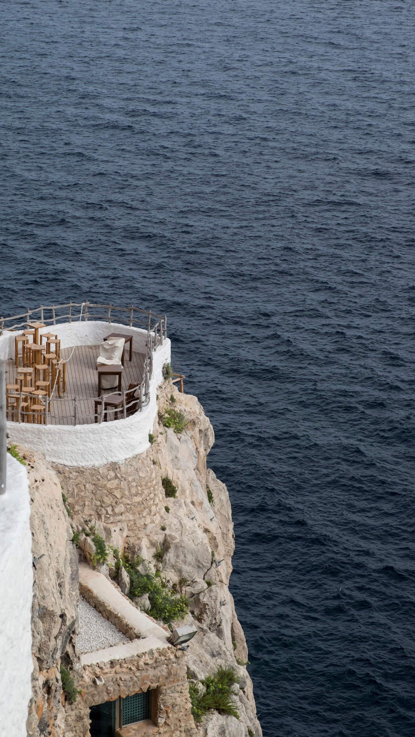 Cova Xoroi en Menorca con vistas impresionantes sobre el mar
