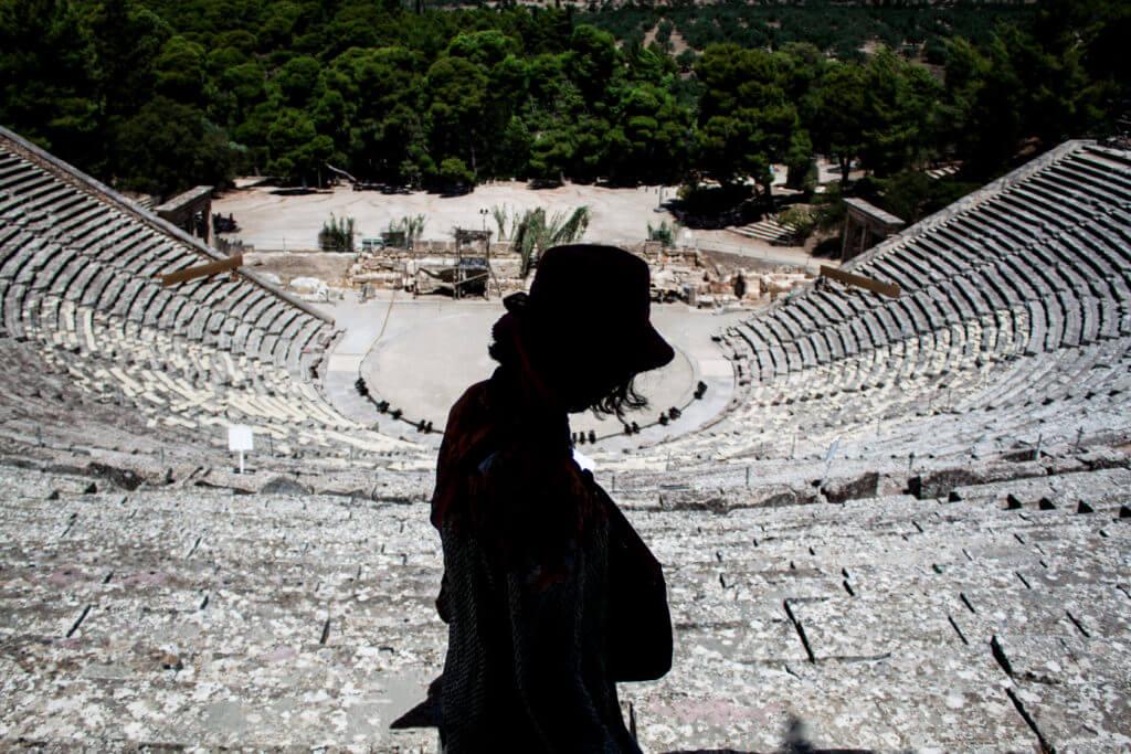 Teatro de Epidauro en el Peloponeso de Grecia